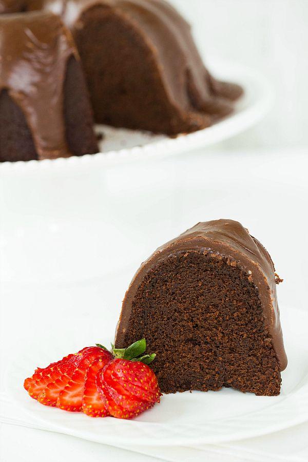 Chocolate Bundt Cake with Chocolate Fudge Icing | via Brown Eyed Baker