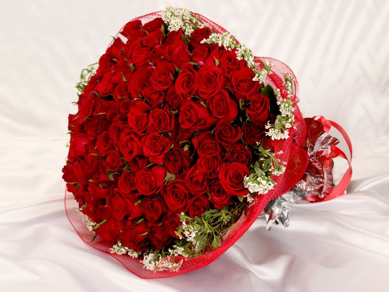 Send Flowers To Kanpur Flower Delivery In Kanpur Monginis Anniversary Flowers Best Flower Delivery Flower Delivery