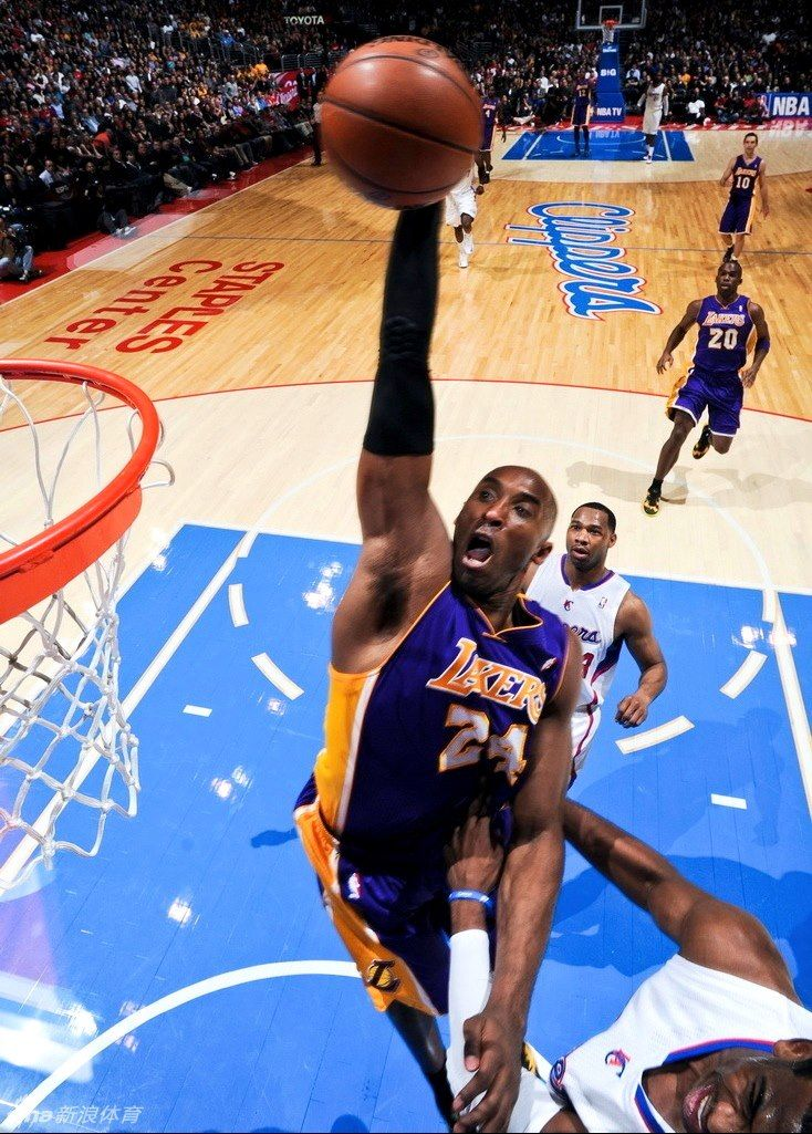 los angeles 6cb37 27124 Kobe Bryant NASTY Poster dunk on Chris Paul!