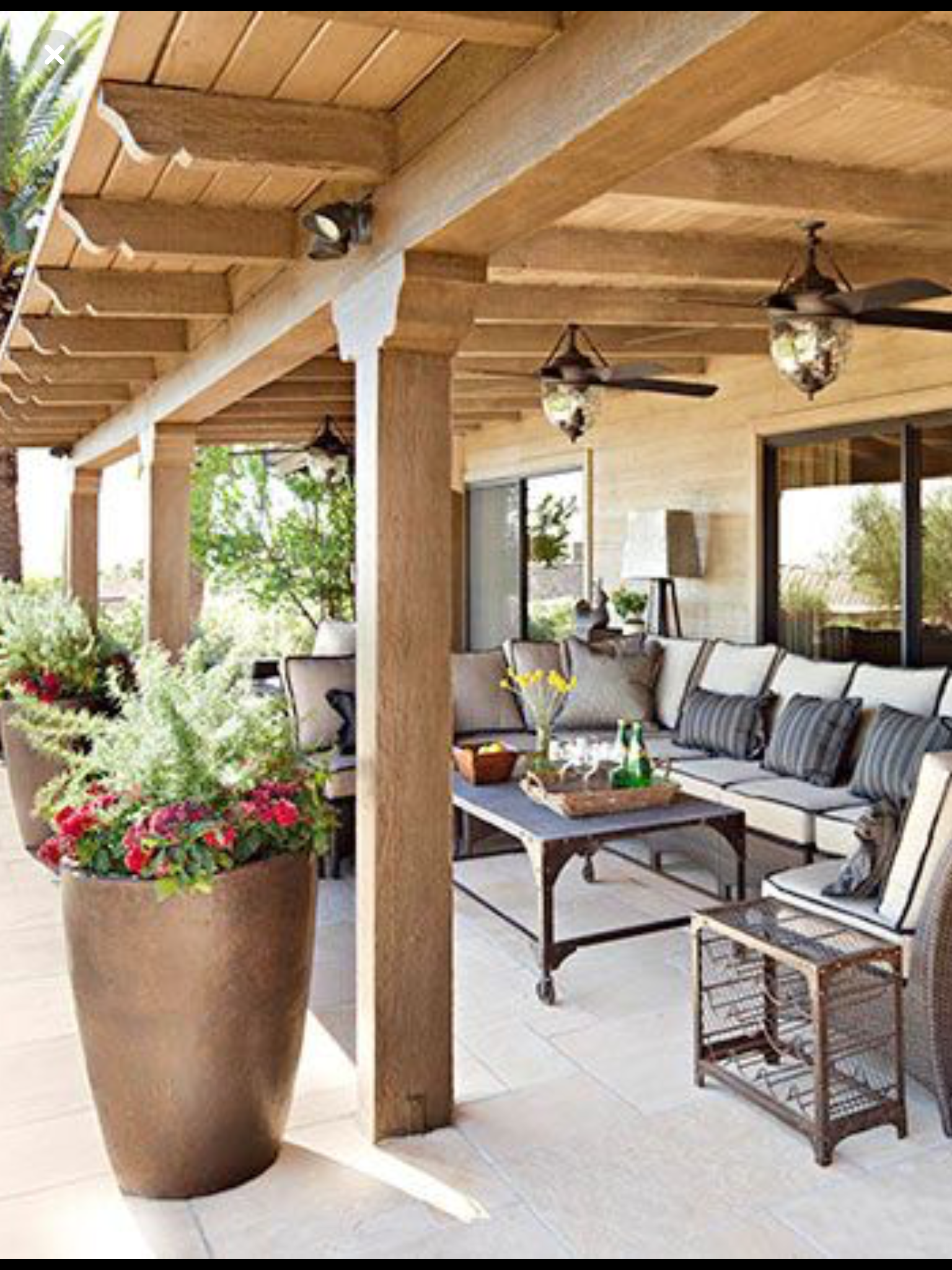 Love These Planters And Plants Patio Design Patio Budget Patio