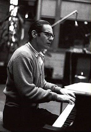 """bebopandjazzman: """"themaninthegreenshirt: """"""""Keep searching for that sound you hear in your head until it becomes a reality."""" - Bill Evans """" The man himself """""""
