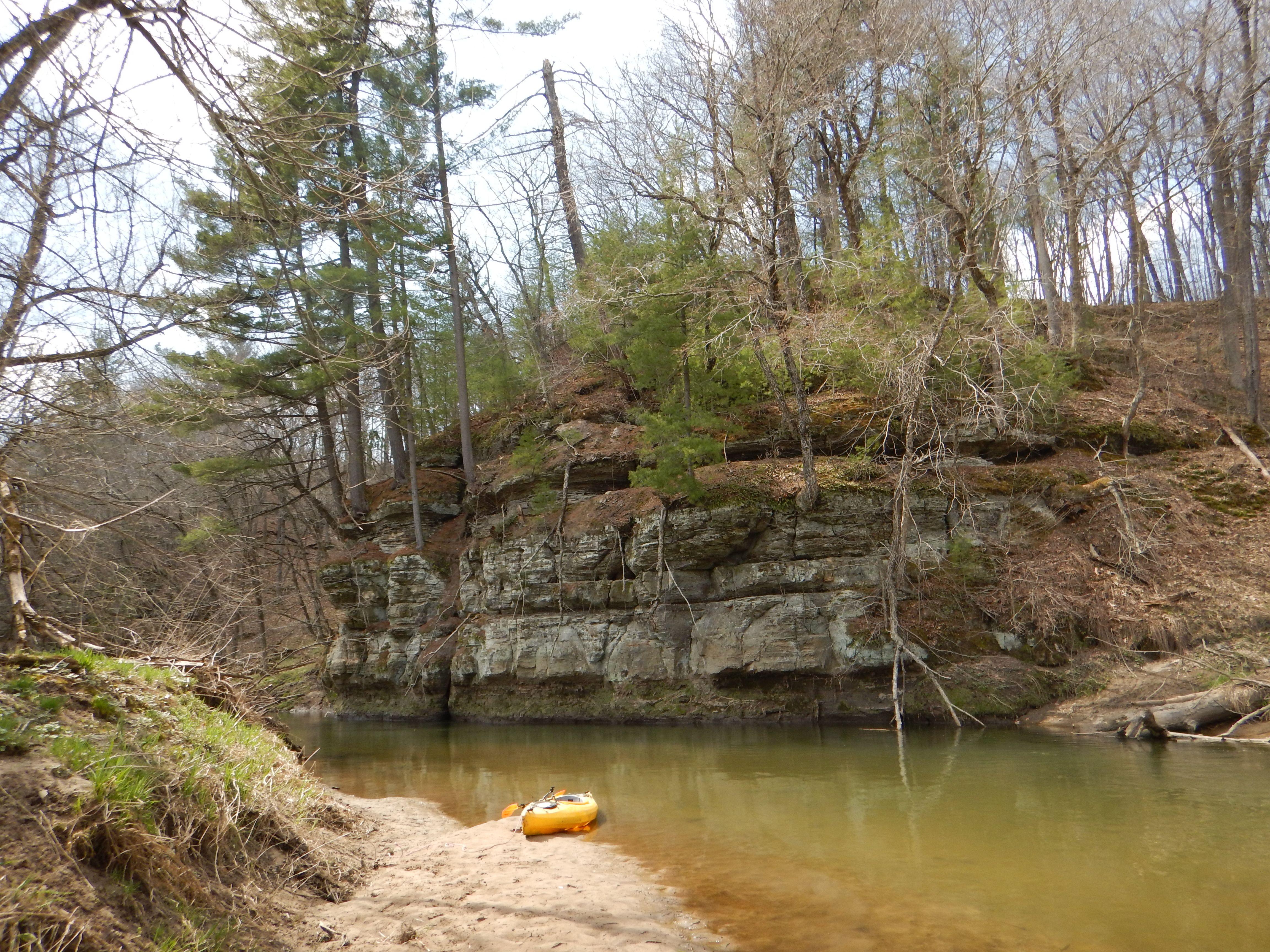 Kickapoo River Tunnelville Cliffs River trip