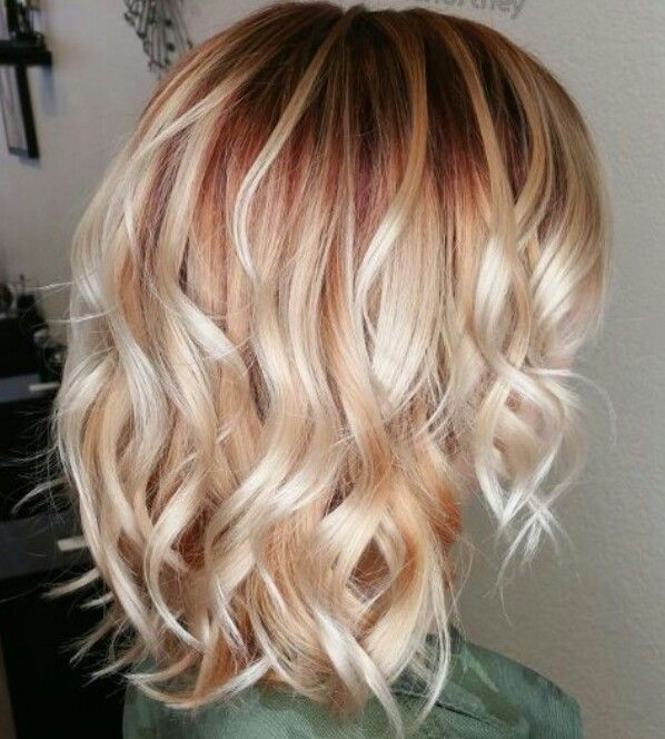 Red Shadow Root With Blonde Balayage Roots Hair Strawberry Blonde Hair Red Roots Blonde Hair