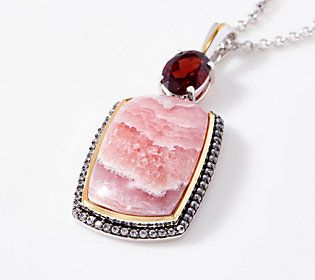 Make a statement wherever you go with this absolutely stunning gemstone pendant.
