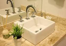 Resultado de imagem para pias de granito para banheiro