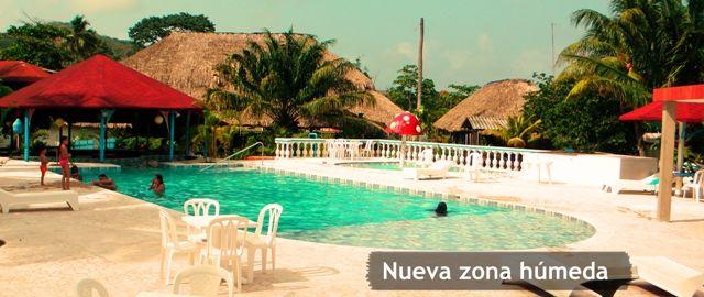 Piscina y zona húmeda del Tacarcuna.