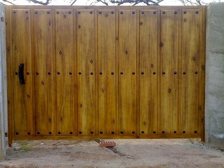 Portones de madera buscar con google puertas r sticas for Puertas y portones de madera