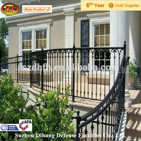 Best Source Powder Coated Outdoor Wrought Iron Railings On M 400 x 300
