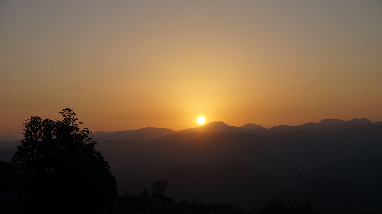陽炎(かぎろい) Morning glory namely KAGIROI which can be seen only at very clear sky with cold temperature.