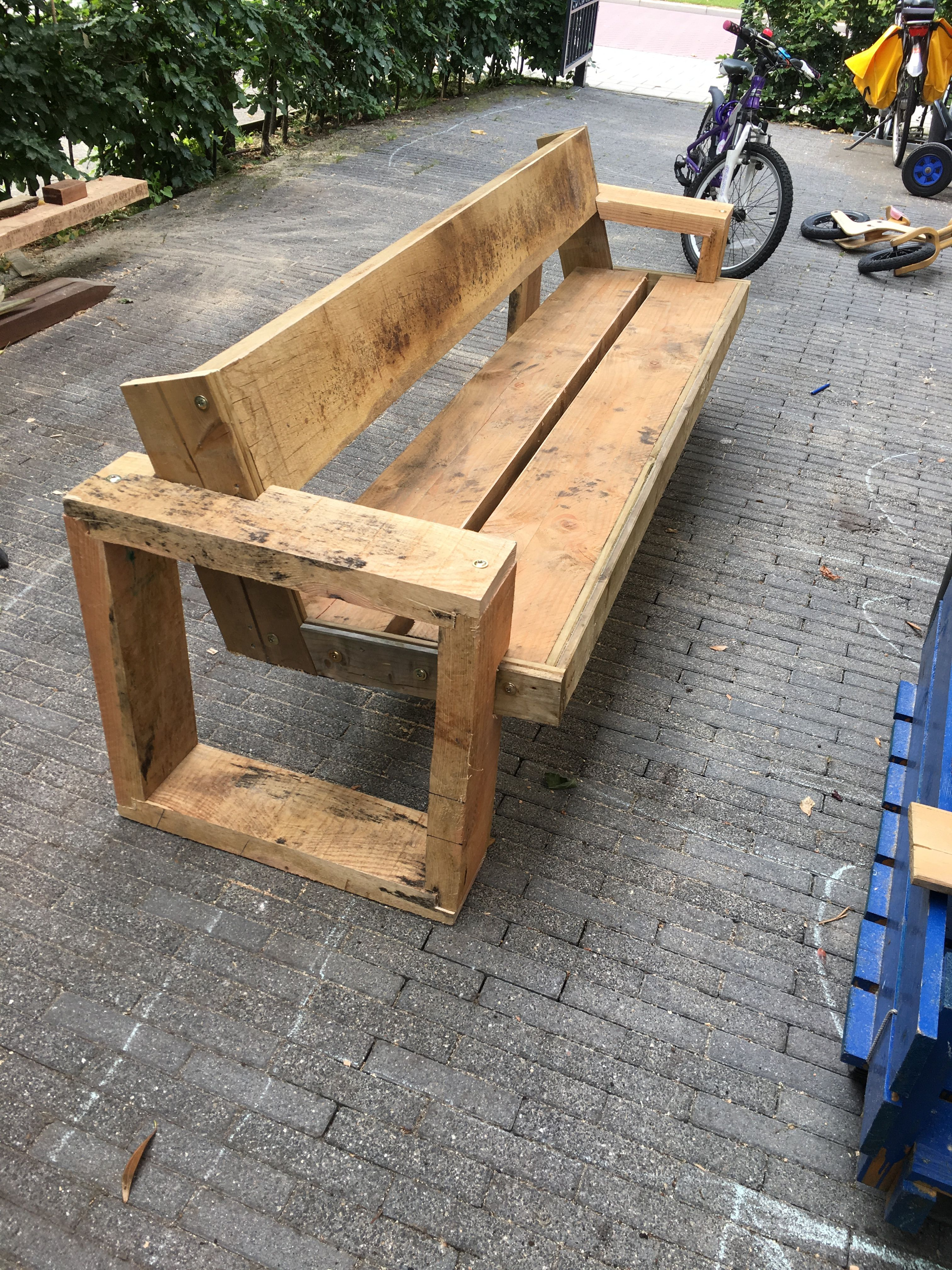 Douglas Oak And Other Spare Woods Made A Perfect Outdoor Bench Couch Wood Bench Outdoor Wood Furniture Diy Outdoor Furniture Plans