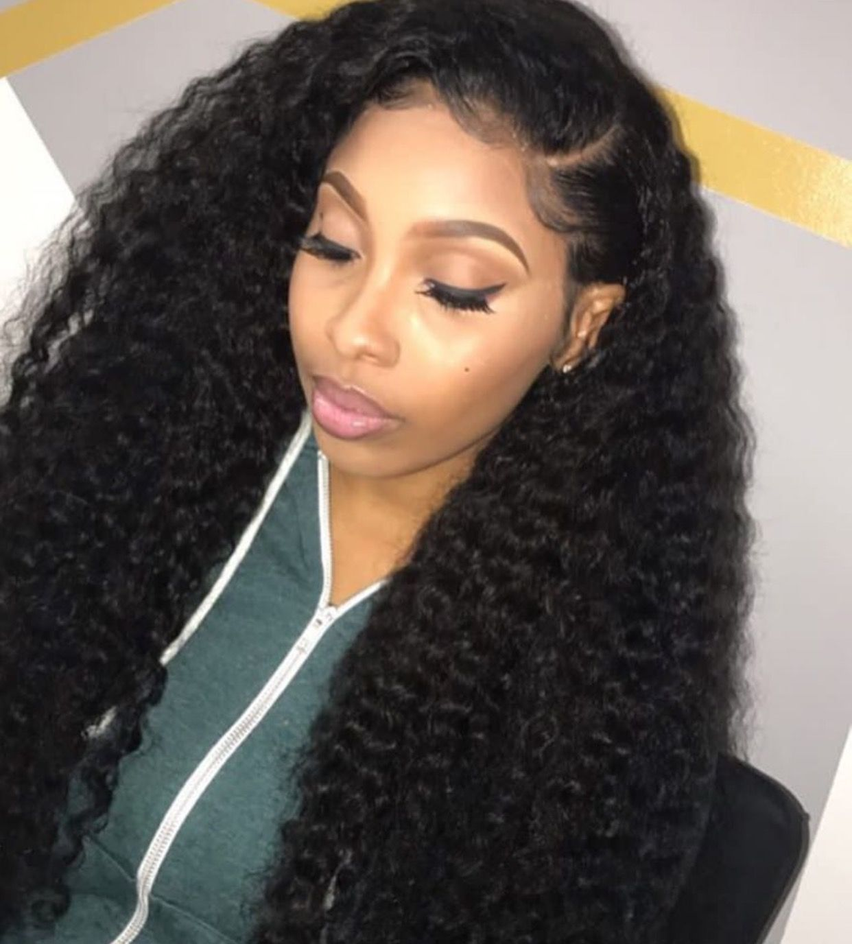 side part by macy ♀️ ♀️ ♀️ pinterest @hair,nails