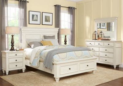 Lake Town Off-White 5 Pc Queen Panel Bedroom with Storage | WALKER ...