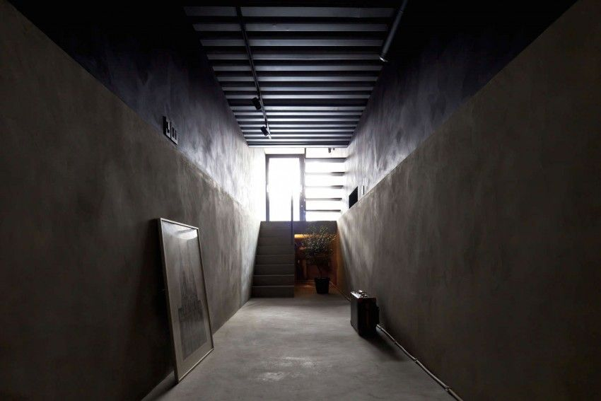 1.8M Width House by YUUA Architects