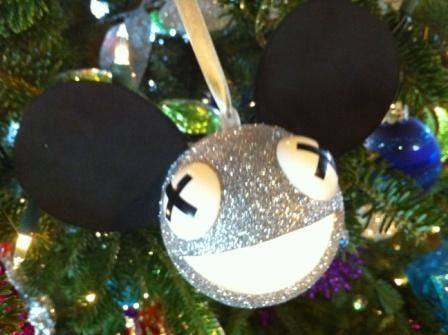 How to Make a Deadmau5 Christmas Ornament That Lights Up! More