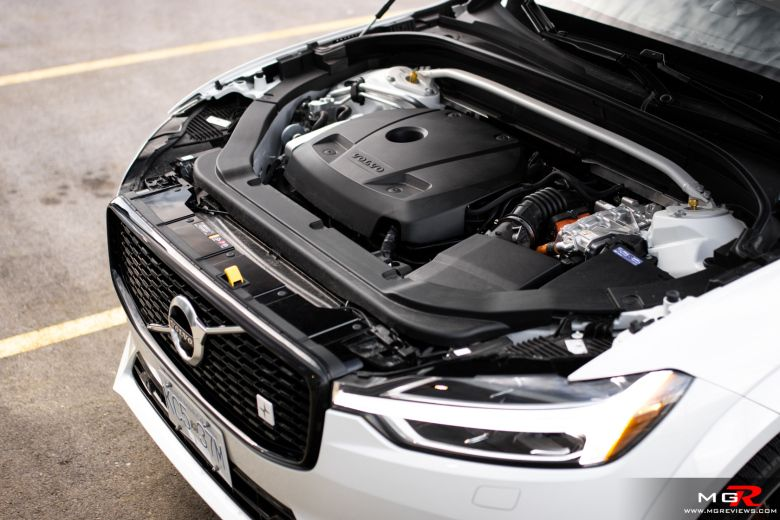 Review 2020 Volvo Xc60 T8 Polestar Engineered M G Reviews In 2020 Volvo Xc60 Volvo Engineering
