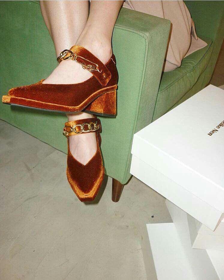 da98d18a737 onlyvinyl velvet shoes editorial fashion visual aesthetics