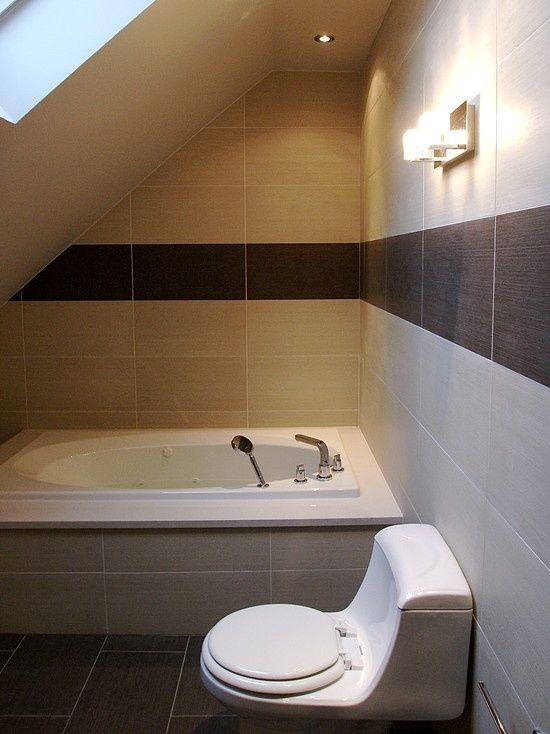 Small Bathroom With Slanted Ceiling Small Bathroom With Slanted Ceilings Home Projects Decor Des Small Attic Bathroom Bathroom Design Bathroom Design Small