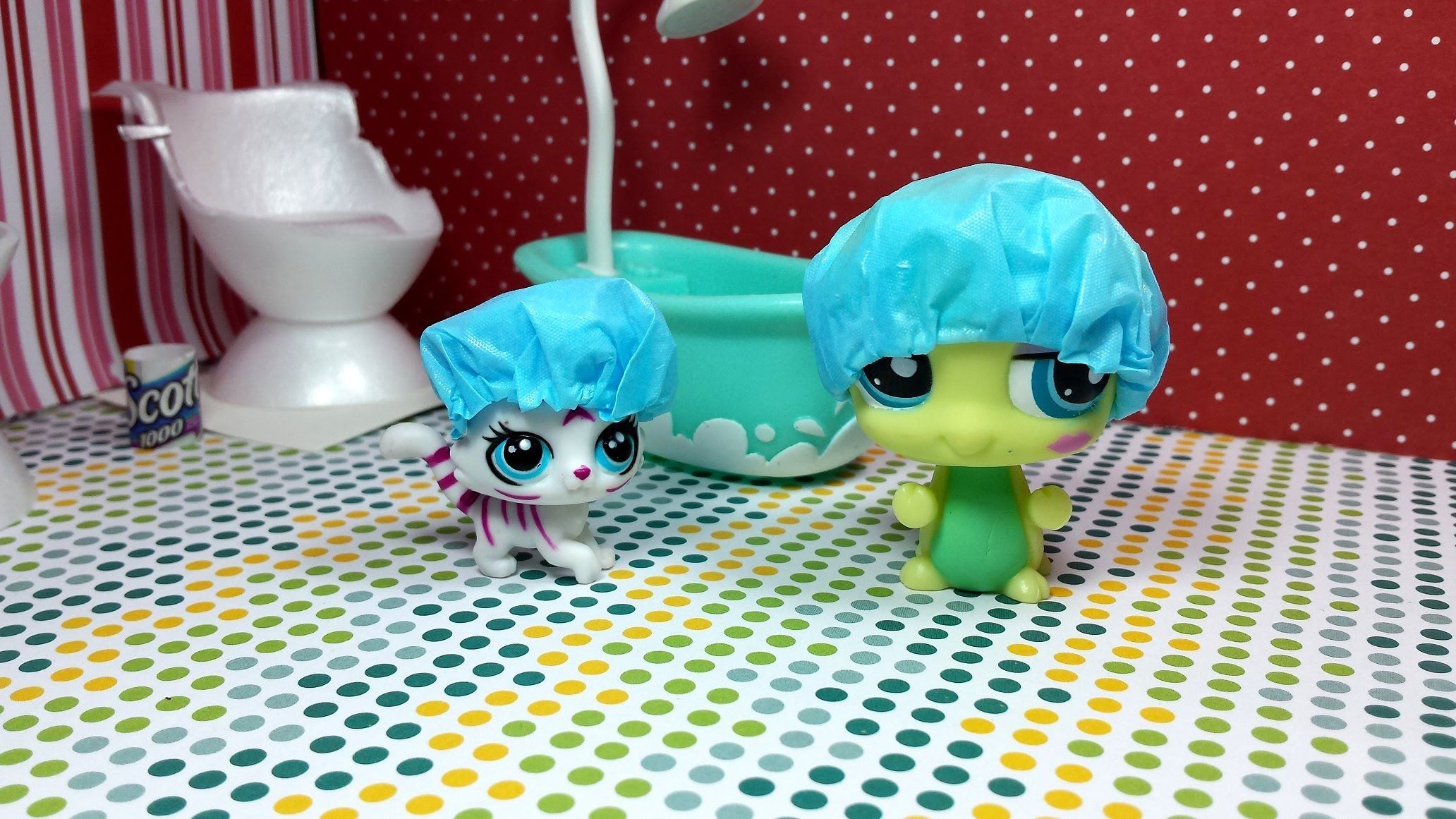 Easy DIY Custom LPS Doll Accessories How to Make a Tiny Shower