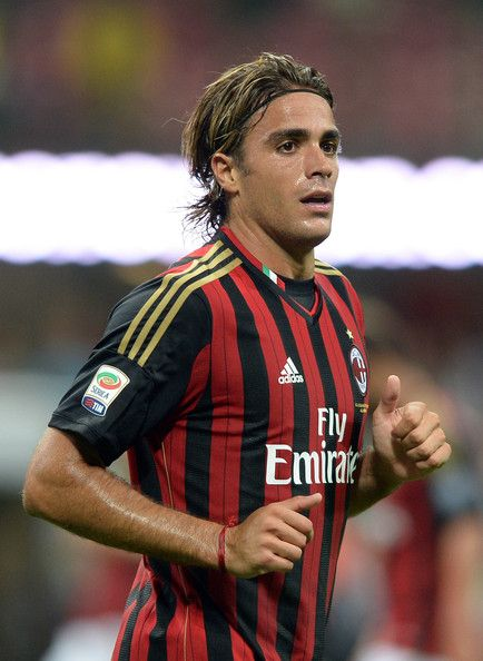 Alessandro Matri takes dig at Juventus. FULL interview: http://sulia.com/channel/soccer/f/4181abc0-4d8a-401e-ad5d-e6d973a19bb3/?pinner=121595233&