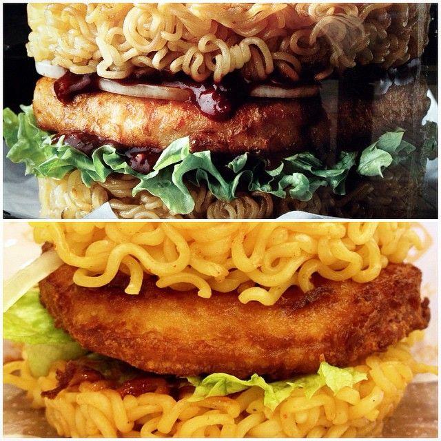 Lotteria's #RamenBurger! ;D #OnlyInKorea #FoodPorn #yum #Ramen #Burger