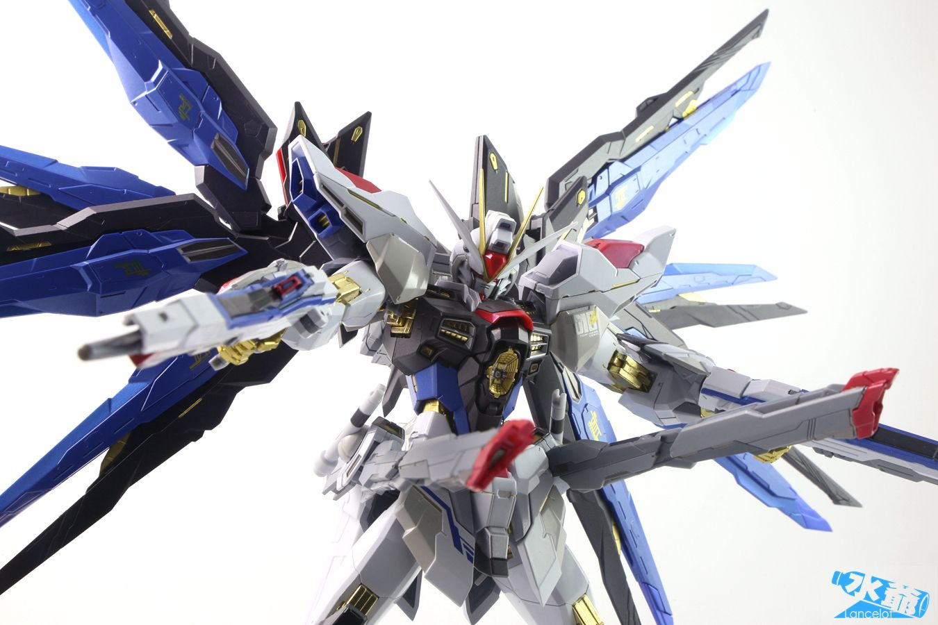 GUNDAM GUY: METAL BUILD Strike Freedom Gundam - Review ...
