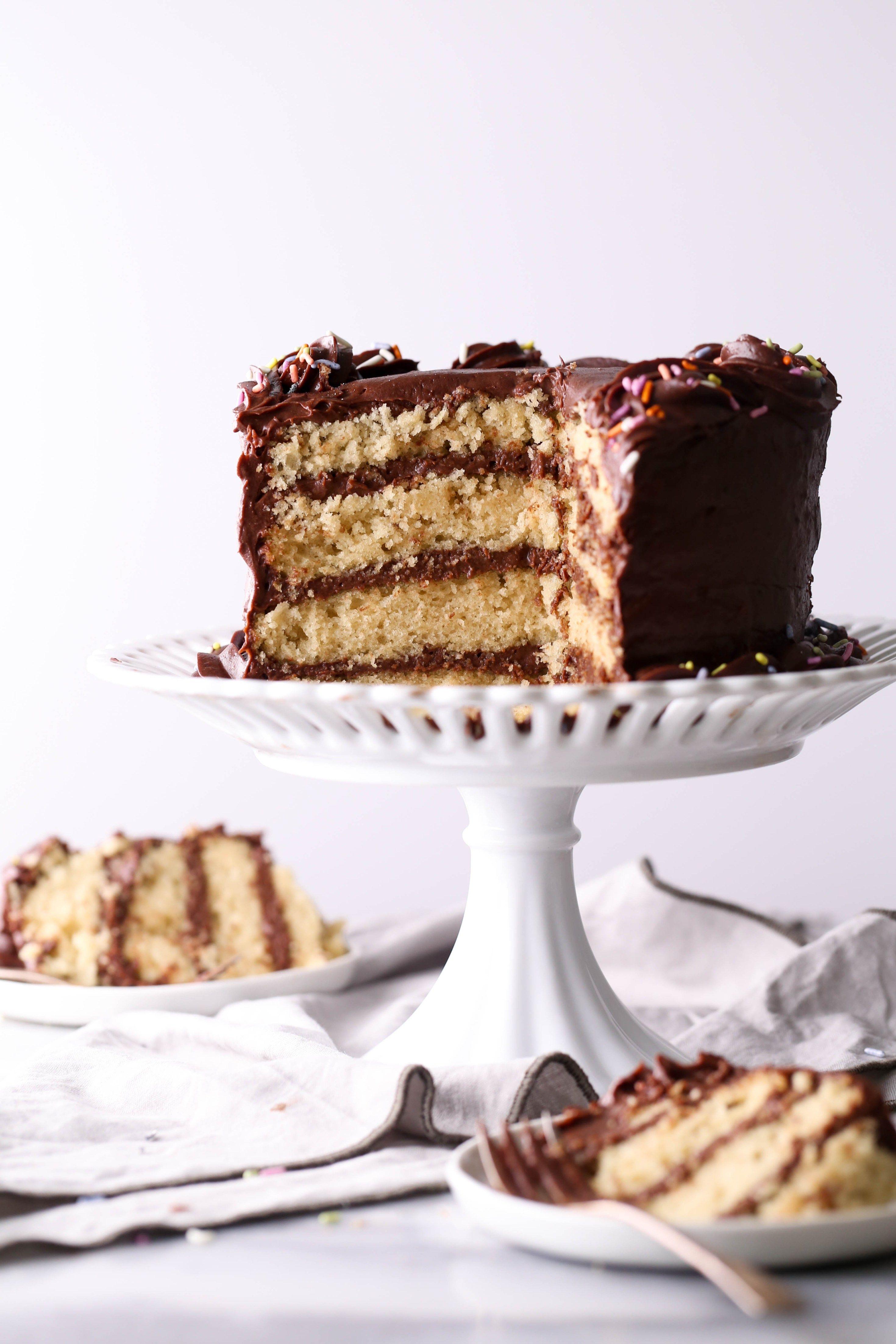 Vegan Vanilla Cake With Chocolate Frosting Recipe Vegan Vanilla Cake Vanilla Cake Chocolate Frosting