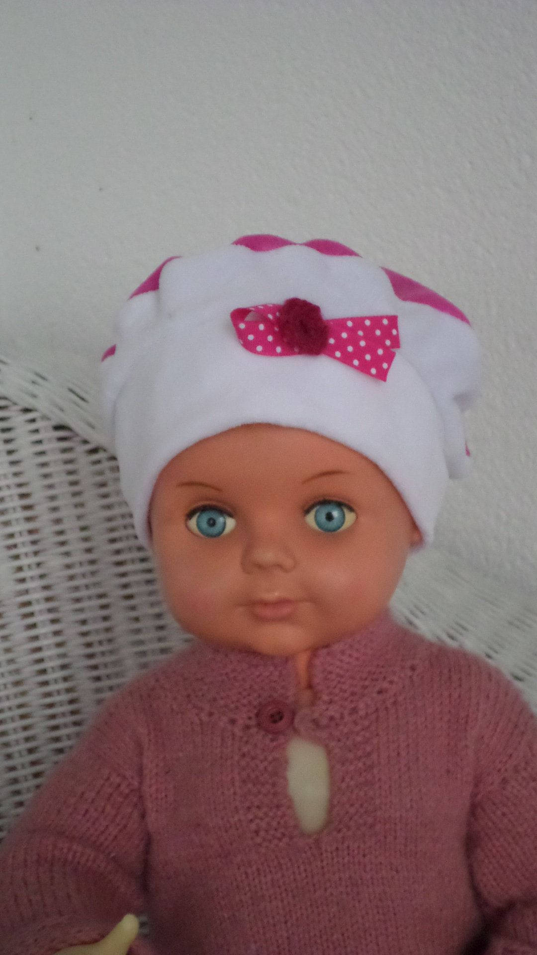Épinglé par les idées de lin eva sur BONNETS BÉBÉ   Pinterest   Baby ... b02f397c82d