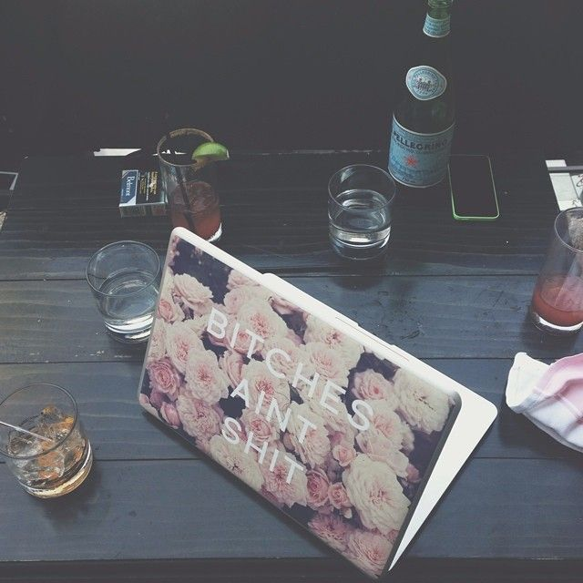 """""""Quick meeting on my off day Good thing it was in paris...@la_societe Laptop skin available on @nuvango"""" via http://instagram.com/p/rh1hEzTYRH/"""