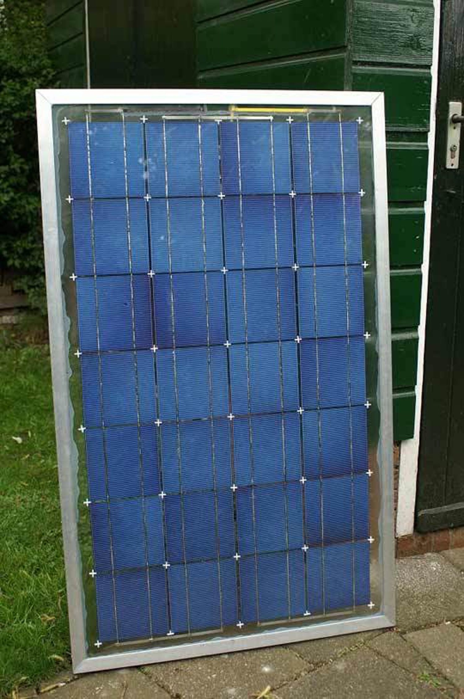 Making Your Own Solar Panels For Your Home | Solar, Solar energy and ...