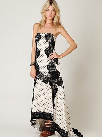 "Dancing Dot Maxi Dress Style: 22783047 Gorgeous maxi tube dress with polka dot and lace detail throughout. Elastic at bust. Button closure on the upper back. Lined. High-low hem. *100% Cotton *Hand Wash *Import Measurements for Size 6: Length: 41 ½"" Bust: 31 ¾"" Waist: 28 ½"" $168"