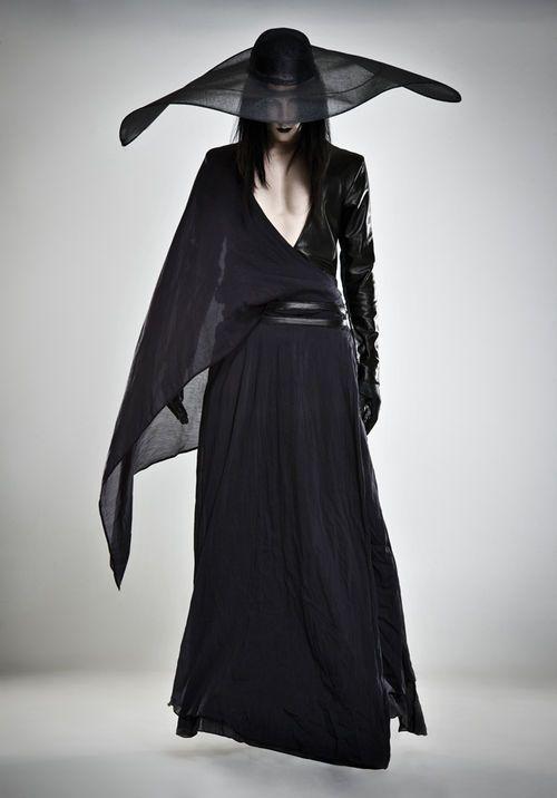Bal Noir Www Nudenoir Co Uk Fashion London Outfit Dark Fashion