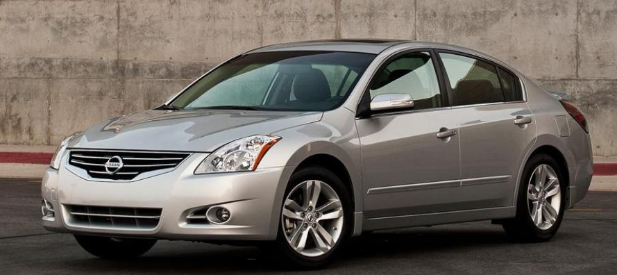 2012 Nissan Altima Owners Manual Aside From Minimal Feature Access Changes The 2012 Nissan Altima Is Unaffected Niss Cheap Cars Car For Teens Nissan Altima
