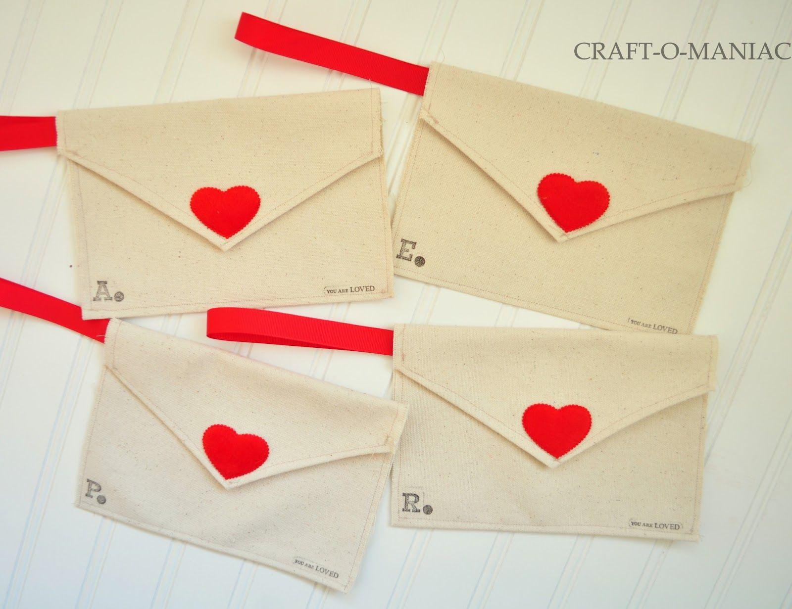 DIY Valentine Fabric Envelopes- and use them for a Valentine Advent - Craft-O-Maniac