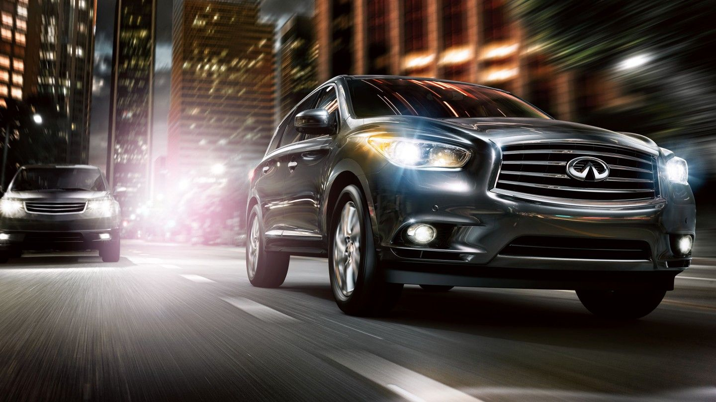 Ready For The Nightlife Infiniti Qx60 Crossover Infiniti Usa Infiniti Hybrid Crossover
