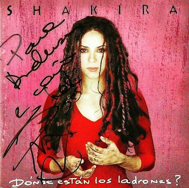 Pin en Coleção Shakira