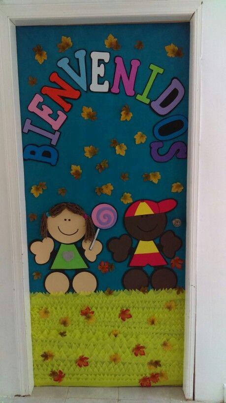 Puerta de fomi de fulanitos school puertas decoradas for Decoracion de puertas escolares