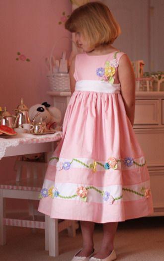 Miranda\'s Dress - Sizes 2-8   YouCanMakeThis.com   Love YoYos ...