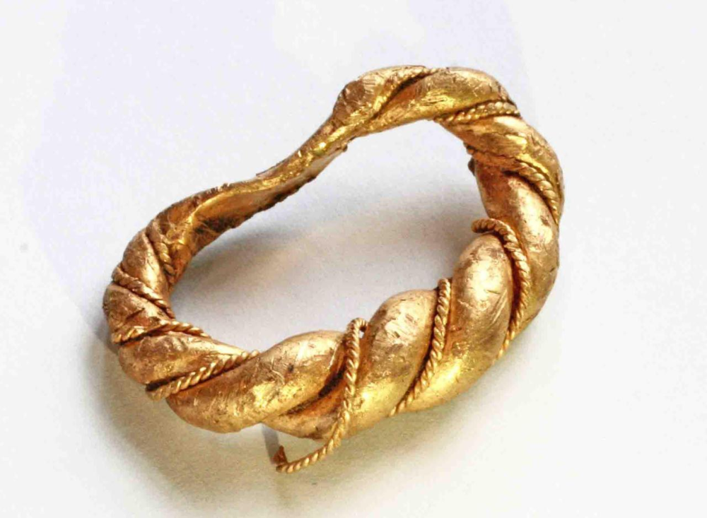 HistoryLovers in 2020 Viking jewelry, Gold rings, Gold
