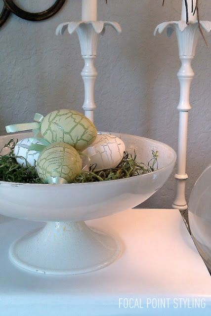 A thrifted white pedestal bowl with some green grass plus crackle eggs I picked up at HomeGoods helped to create this simple Easter vignette. Lynda Quintero-Davids #Spring #Easter #HomeGoodsHappy