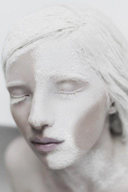 makeup with flour?