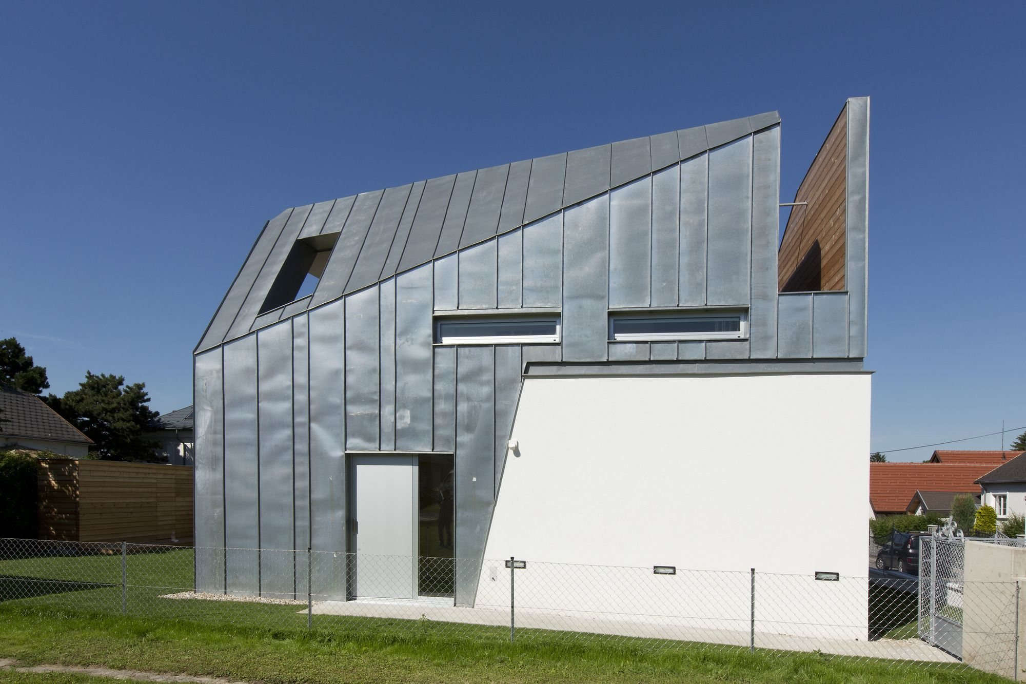 5204472fe8e44ebcd300022c_house-w-lostinarchitecture_portada.jpg (2000×1333)