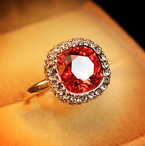 Gold Plated Coral Red Swarovski Crystals Women Cocktail Bridal Wedding Ring R153