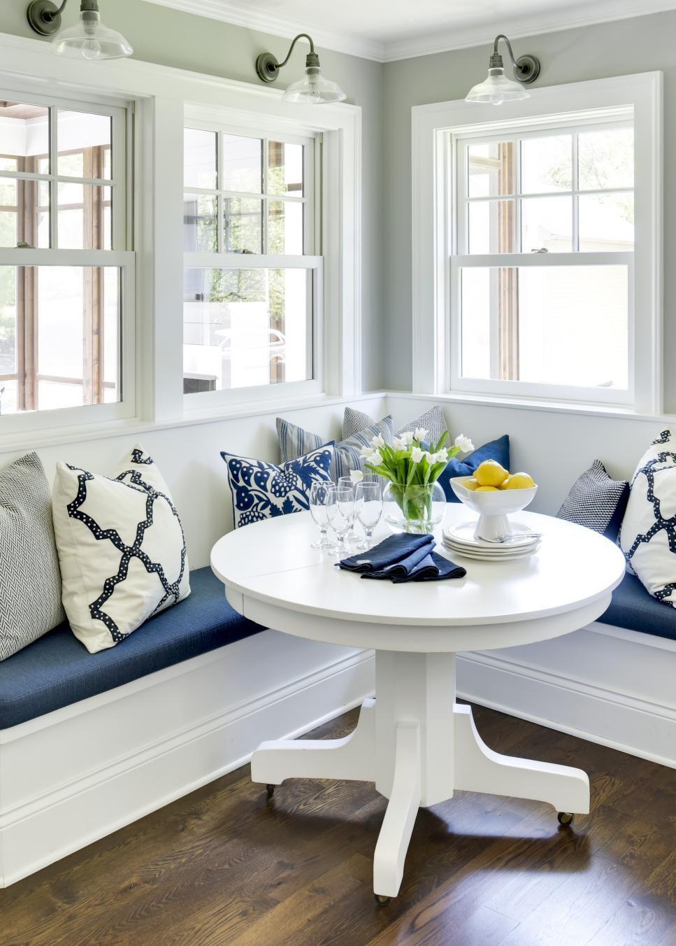 Beautiful Kitchen Breakfast Nooks Hgtv Banquette Seating In Kitchen Kitchen Booths Kitchen Breakfast Nooks