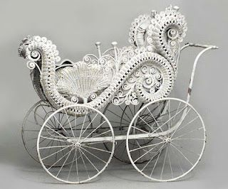 Victorian Baby Carriage - beats the monsters getting pushed around these days!