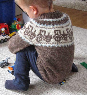 Maja strikker: Traktorgenser til lillebror #strikkeoppskriftgenser
