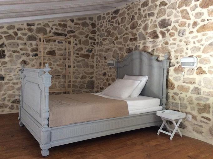 Slaapkamer Ideeen Brocante : Oud frans bed gekocht op een brocante in pensol frankrijk . geverfd