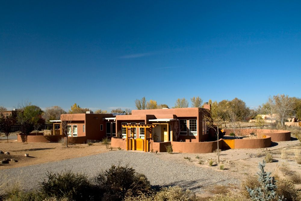 Pin by Kim (Mansfield) Dorris on New house ideas | Pive ... Energy Efficient Desert Home Design on desert small homes, desert modern homes, desert dome homes, desert pool homes, desert sustainable homes,