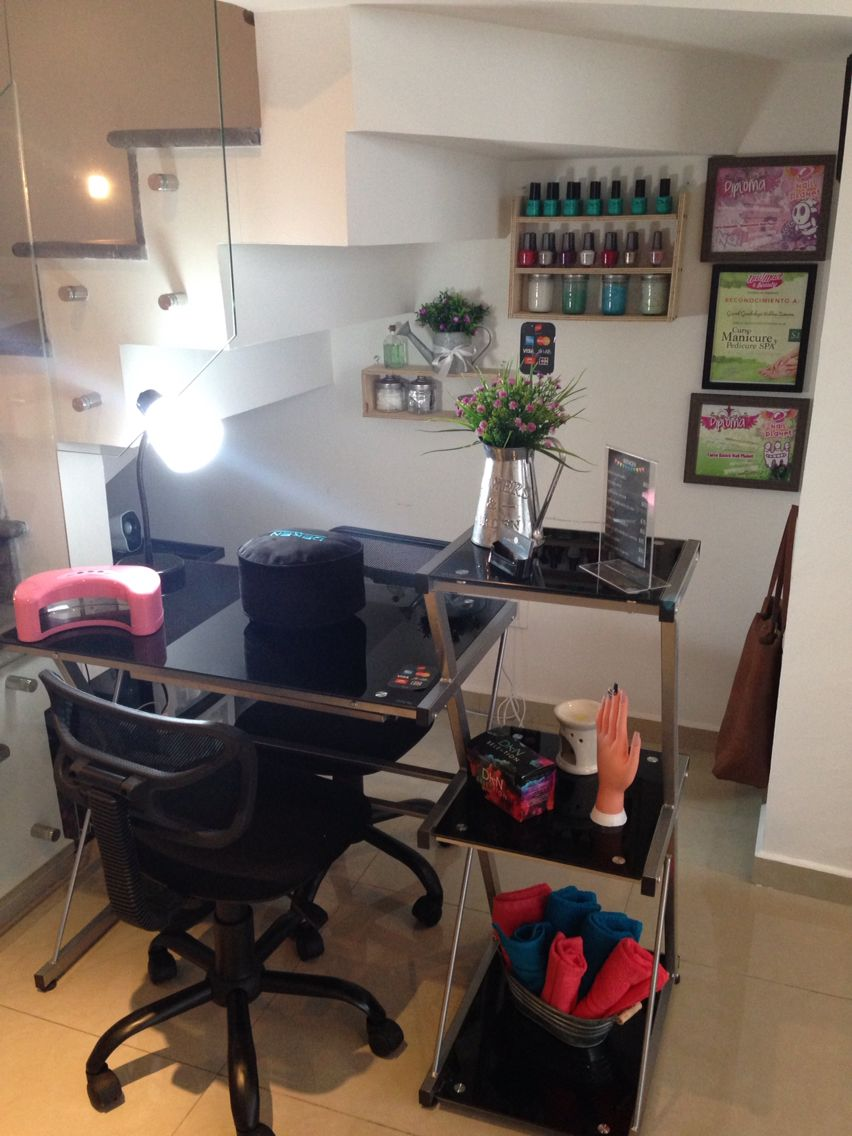 Home Nail Designs Shellac Nails Uk: Cute Small Space Nail Technician Room Set Up Ideas