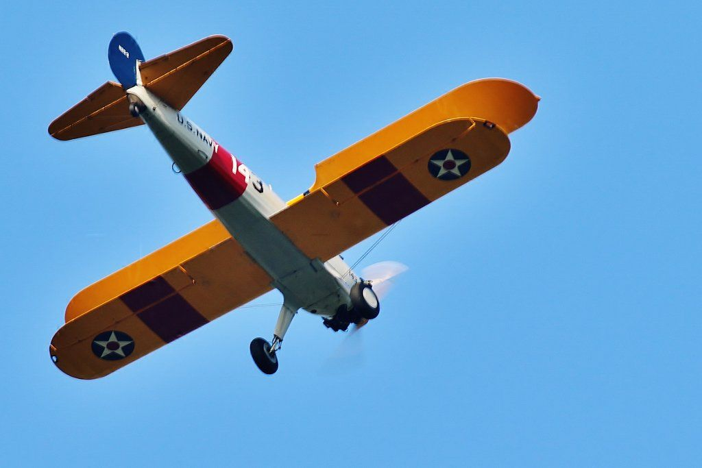 "MsQuizzicalさんのツイート: ""Swapped from macro lens to 400mm pdq. Got the #Stearman returning from @Shuttleworth_OW in beautiful clear skies. :) https://t.co/Lso7tIdTrd"""