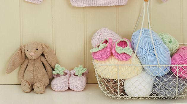 182c9cc326b Free Stylecraft Baby Knitting Patterns - Bootees